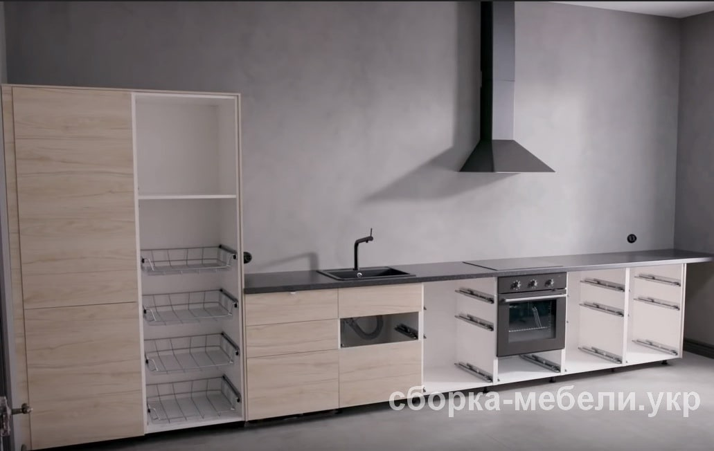 установка блоков кухни